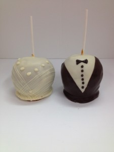 Gown & Tuxedo Caramel/Chocolate Apples for Weddings & Formal Events