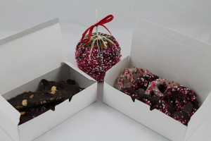Sweetheart Ultimate Sampler.  1/2 pound bark, 1 Sweetheart Apple and one small sweetheart gift box. $37.99