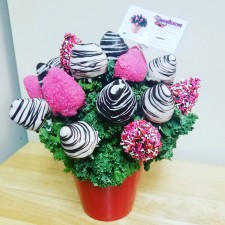 Berrylicious Sweetheart Bouquet