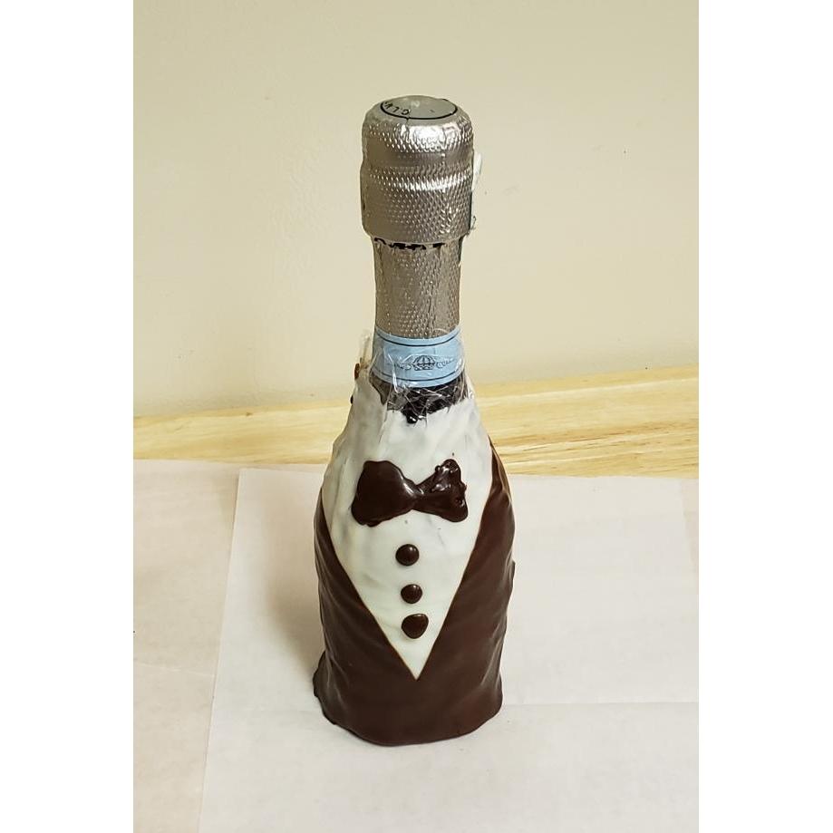 Tuxedo Bottle