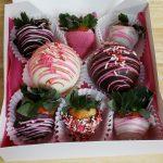 valentine_choc_bombs_and_berries